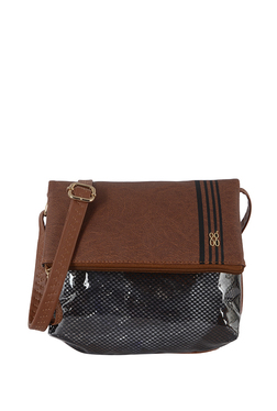 3ce38366224 Baggit Handbags Online | Baggit Bags Upto 70% OFF At TATA CLiQ