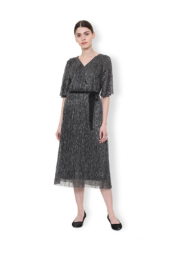 cd494e5b08 Van Heusen | Buy Van Heusen Clothing Online At Tata CLiQ