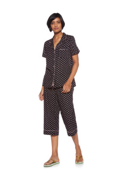ba6fb89b2f Wunderlove by Westside Black Printed Shirt and Capris Set