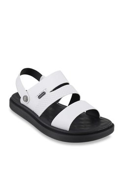 57d38dfada20c0 Da Vinchi by Metro White Sling Back Sandals