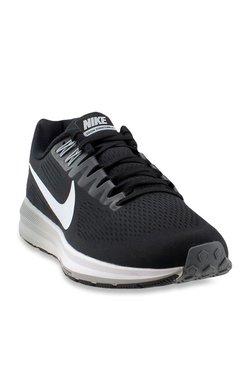 67374b5172f Nike Shoes   Buy Nike Shoes Online At Flat 40% OFF At TATA CLiQ