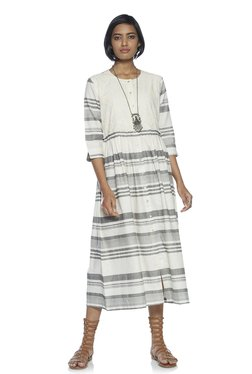 4dd37aff456 Bombay Paisley by Westside White Striped Fit-And-Flare Dress