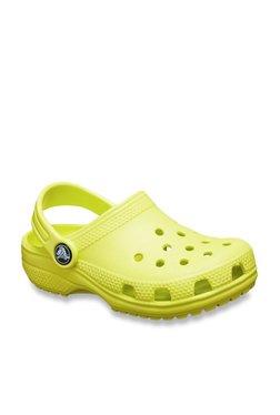 4805b1916884 Buy Crocs Kids - Upto 70% Off Online - TATA CLiQ