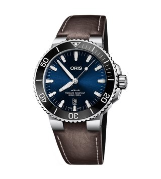 Oris 01 733 7730 4135-07 5 24 10EB Blue Analog Watch For Men