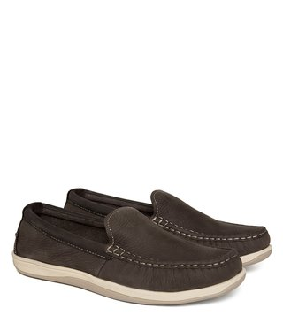 a1b9d17453e Buy Cole Haan Men Loafers   Moccasins - Upto 50% Off Online - TATA CLiQ