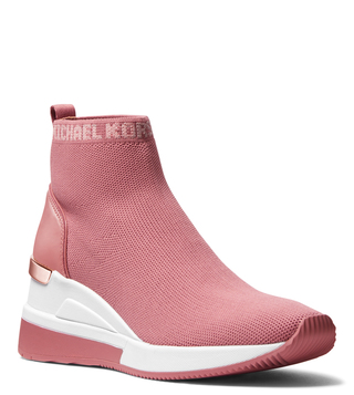 de0ee88647af Women s Designer Boots Online At Best Price In India At TATA CLiQ LUXURY