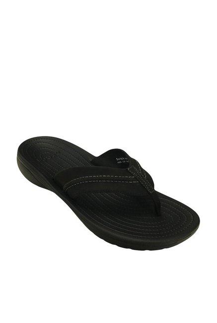 1ac363e14c10 Buy Crocs Yukon Mesa Black Flip Flops Online at best price at TataCLiQ