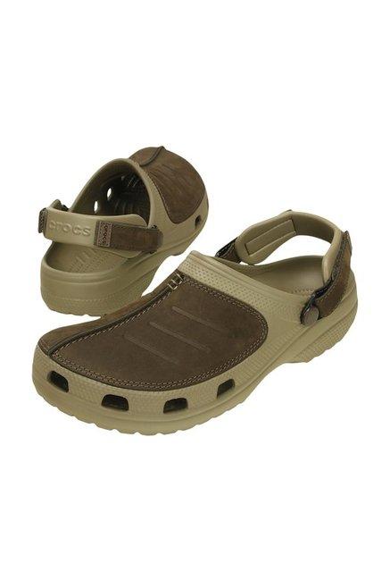 code promo 94265 72c42 Buy Crocs Yukon Mesa Khaki & Espresso Clogs Online at best ...