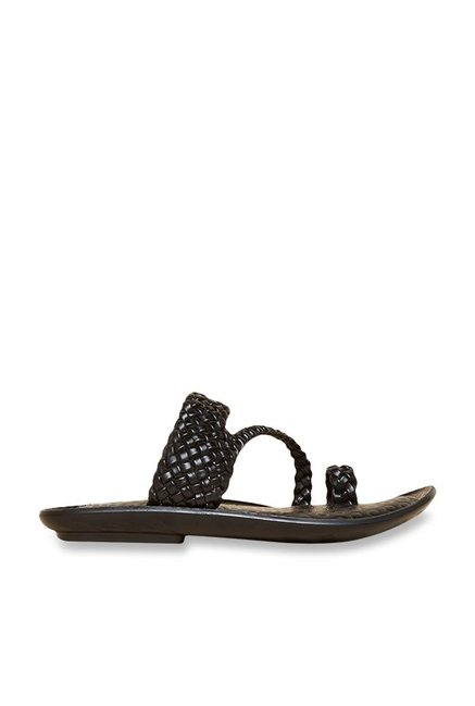 61078e9b6 Buy Privo by Inc.5 Black Toe Ring Sandals Online at best price at TataCLiQ