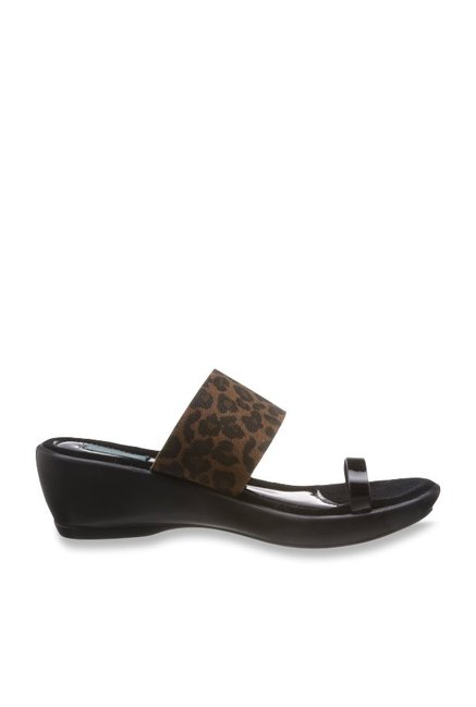 Catwalk Black & Brown Toe Ring Wedges