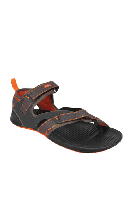f4a9768b013a Buy Puma Walker DP Black Floater Sandals for Men at Best Price   Tata CLiQ