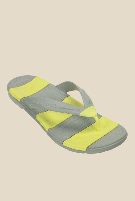 ab2c33655d958 Buy Crocs Beach Line Light Grey   Chartreuse Flip Flops for Women at Best  Price   Tata CLiQ