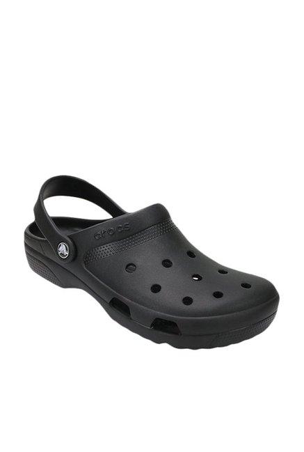 0d45ed04dd72 Buy Crocs Coast Black Back Strap Clogs for Men at Best Price   Tata CLiQ