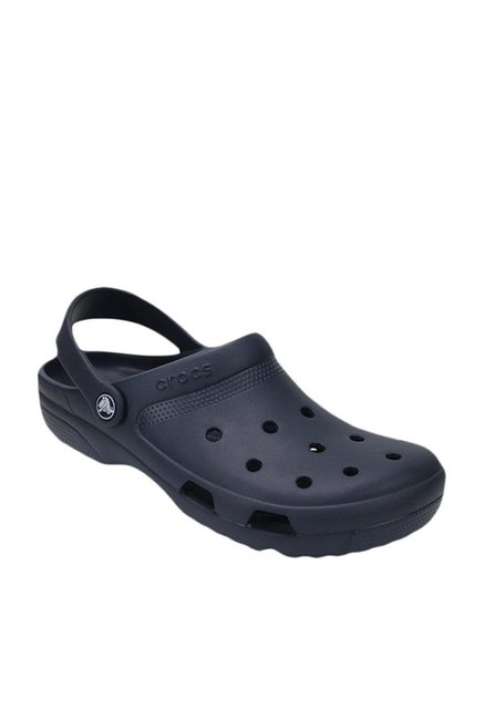 7d13ca9cefa8c6 Buy Crocs Coast Navy Back Strap Clogs for Men at Best Price   Tata CLiQ