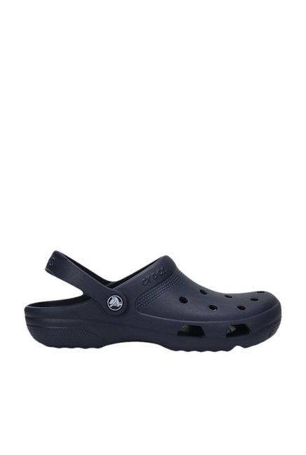 9dc051b66 Buy Crocs Coast Navy Back Strap Clogs for Men at Best Price   Tata CLiQ