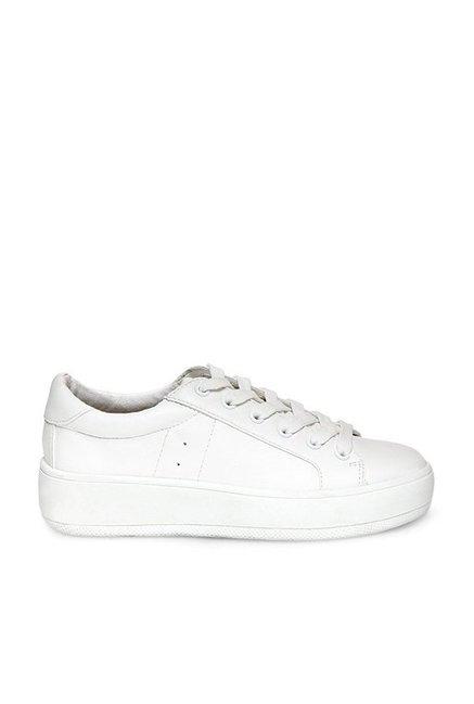 81abc04f660 Buy Steve Madden Bertie White Sneakers for Women at Best Price   Tata CLiQ