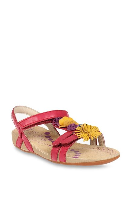 bc966284c2385 Buy Clarks Rio Flower Pink Ankle Strap Sandals for Girls at Best Price @  Tata CLiQ