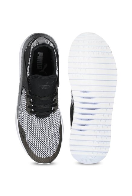 c49d55f32ec5c3 Buy Puma Pacer Next Cage GK White   Black Training Shoes for Men at ...