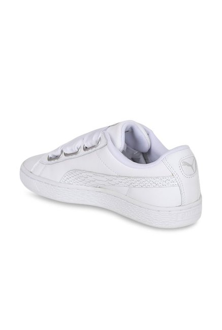 detailed look 5c82e d6b6b Buy Puma Basket Heart Oceanaire White Sneakers for Women at ...