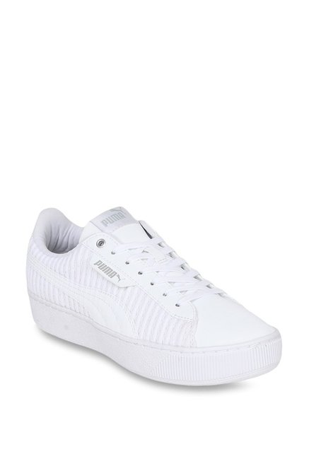 dc812454197 Buy Puma Vikky EP Q2 White Sneakers for Women at Best Price   Tata CLiQ