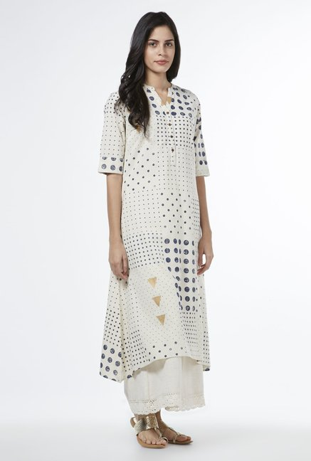 Utsa by Westside Off White Triangle Kurta