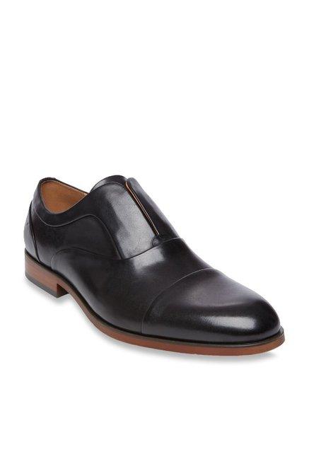 121e902e172 Buy Steve Madden Scheme Black Slip-Ons for Men at Best Price ...