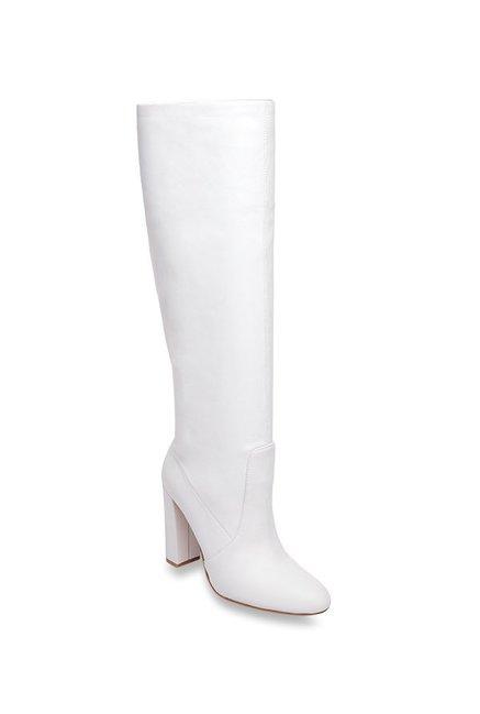 133f4242c70 Buy Steve Madden Eton White Booties for Women at Best Price   Tata CLiQ