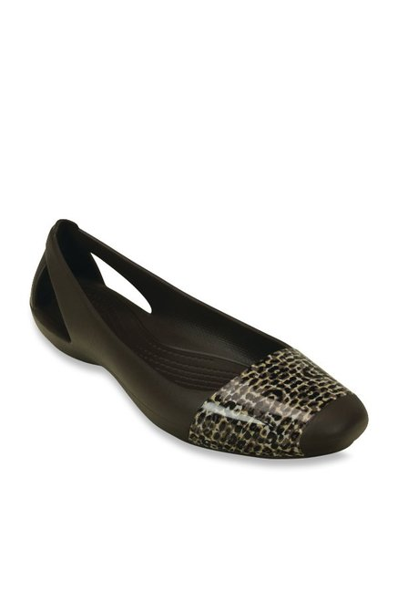 51799dc136d9 Buy Crocs Sienna Dark Brown Flat Ballets for Women at Best Price ...
