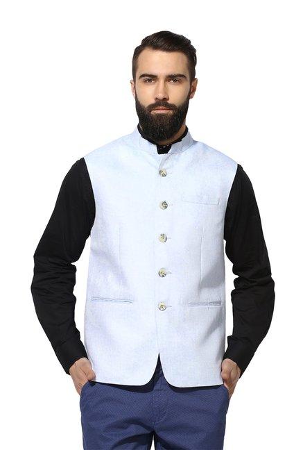 3c3fc10264e97 Buy Red Tape Pale Blue Sleeveless Jacket for Men Online   Tata CLiQ