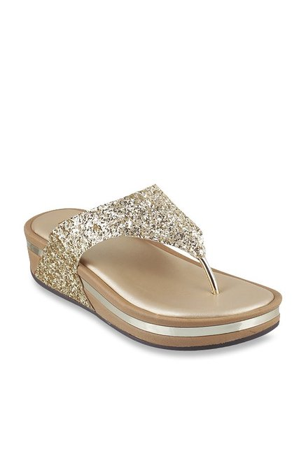 a8827c09c Buy Metro Golden Thong Sandals for Women at Best Price   Tata CLiQ