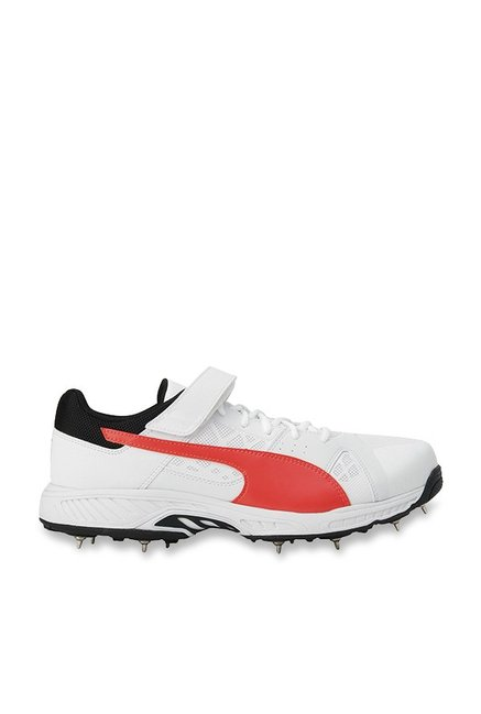 Buy Puma evoSPEED B White   Fiery Coral Cricket Shoes for Men at Best Price    Tata CLiQ 27dab1b0f