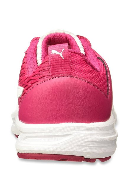 20ab57b970c Buy Puma Fabian Love Potion   White Running Shoes for Women at Best ...