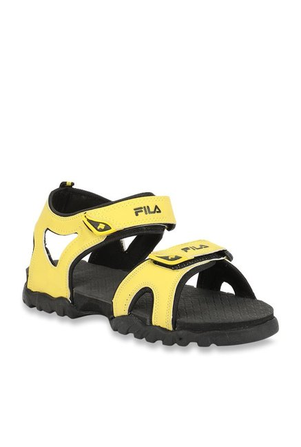 694ffd53b9e6 Buy Fila Teofila Yellow Floater Sandals for Men at Best Price   Tata ...