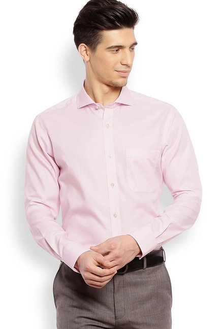 4f2ce4290a6 Buy Raymond Baby Pink Full Sleeves Slim Fit Shirt for Men Online   Tata CLiQ