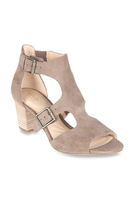 40cb1ba51f41c Buy Clarks Deloria Kay Grey Ankle Strap Sandals for Women at Best Price    Tata CLiQ