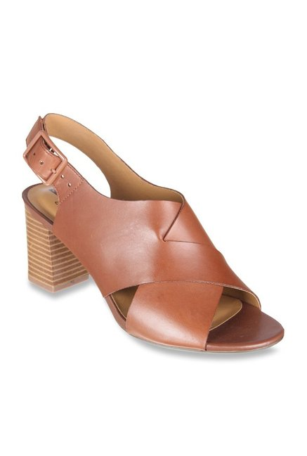 1af6844a1f95 Buy Clarks Deva Janie Tan Back Strap Sandals for Women at Best Price   Tata  CLiQ