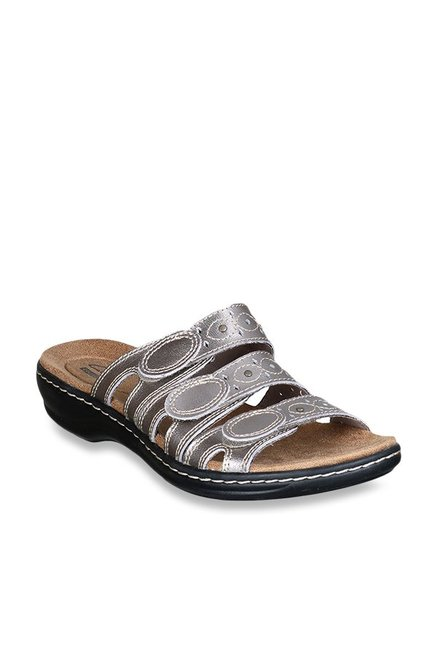 0a461b0801bc Buy Clarks Leisa Cacti Pewter Casual Sandals for Women at Best Price   Tata  CLiQ