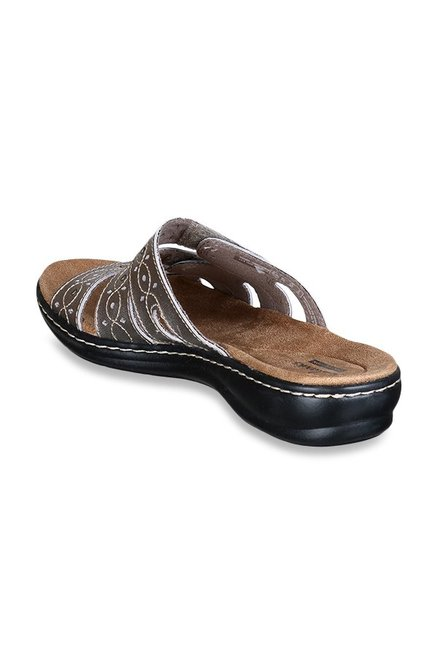 8b714198ce66 Buy Clarks Leisa Cacti Pewter Casual Sandals for Women at Best Price ...