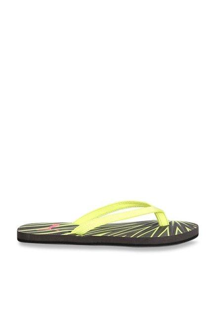 4577108aaa6 Buy Puma Express GU IDP Lime Green   Black Flip Flops for Women at Best  Price   Tata CLiQ