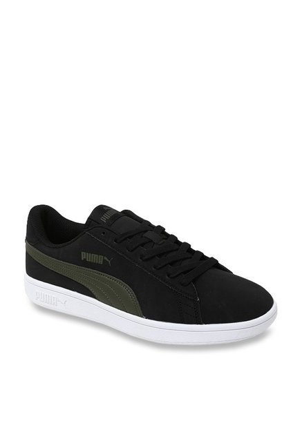 ef0e989f104b45 Buy Puma Smash V2 Buck Black Sneakers for Men at Best Price   Tata CLiQ