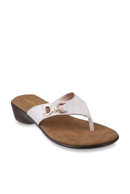 12a644d5a3b6 Buy Metro Rose Gold Thong Sandals for Women at Best Price   Tata CLiQ