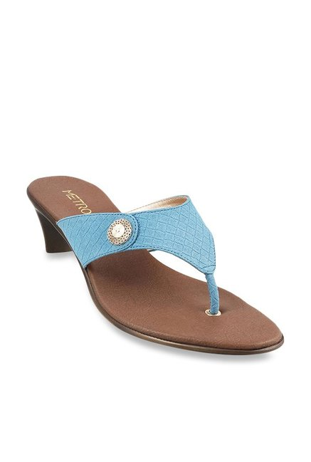 89b62fe51fd1a Buy Metro Sky Blue Thong Sandals for Women at Best Price @ Tata CLiQ