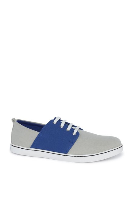 a879fc5387 Buy Zudio Blue Color Block Trainers For Men Online At Tata CLiQ