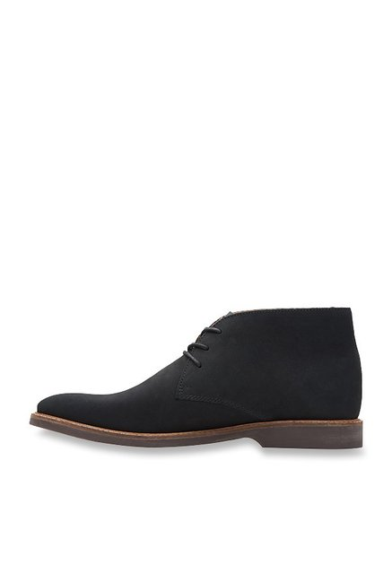 Clarks Atticus Limit Black Chukka Boots