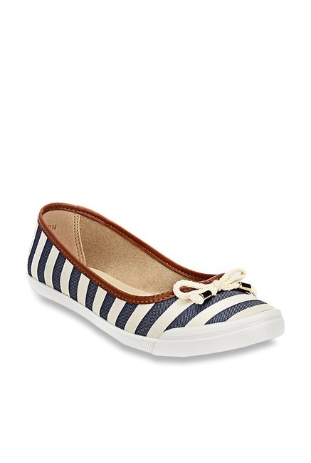1452172aceb Buy Pavers England Navy   Cream Flat Ballets for Women at Best Price   Tata  CLiQ
