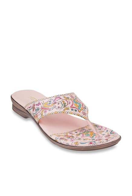 83f426841 Buy Metro Blush Pink Thong Sandals for Women at Best Price   Tata CLiQ