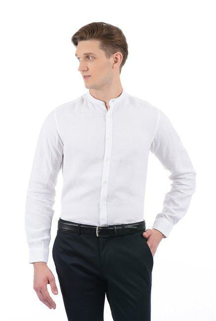86a7344c632db6 Buy Indian Terrain White Band Collar Linen Shirt for Men Online @ Tata CLiQ