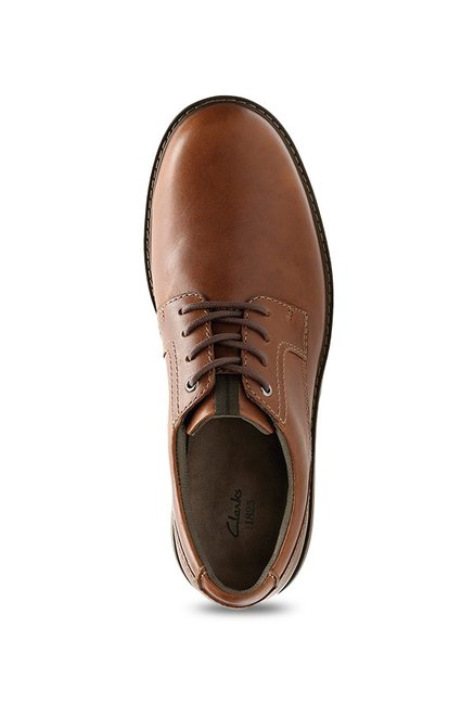 newest selection colours and striking newest Buy Clarks Cushox Pace Brown Derby Shoes for Men at Best ...