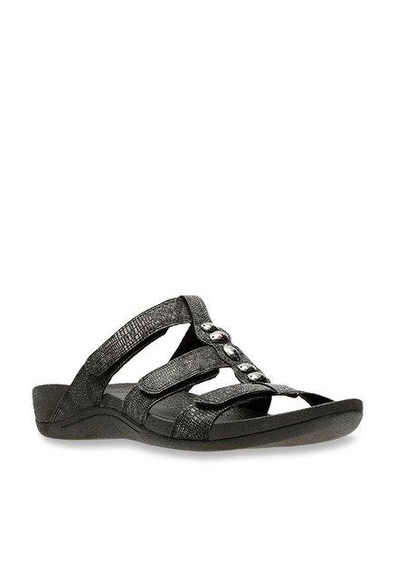 6f35e558b4f9 Buy Clarks Pical Cusick Black Casual Sandals for Women at Best Price   Tata  CLiQ