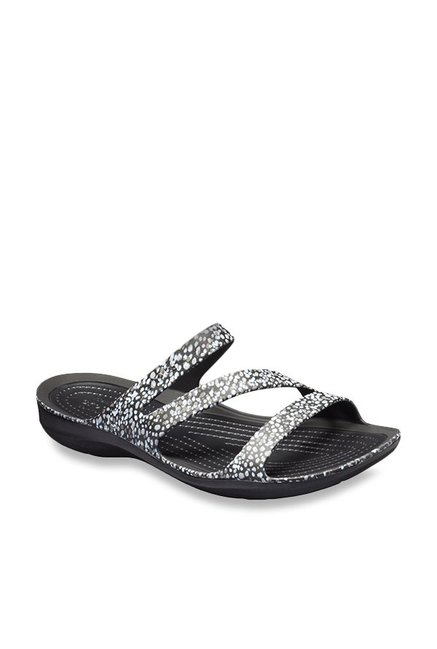d42f1edbd791 Buy Crocs Swiftwater Graphic Black   White Casual Sandals for ...